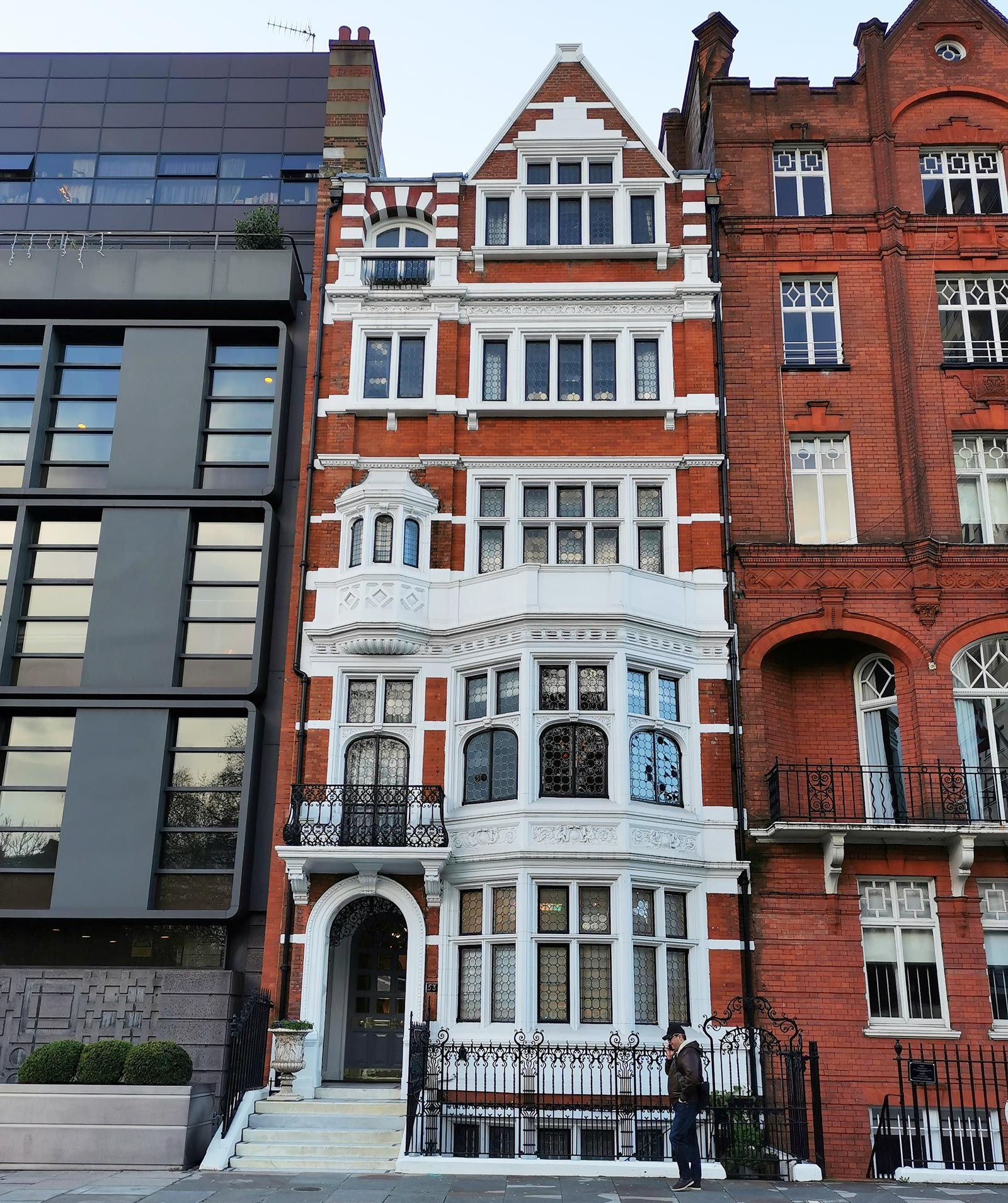 MFG Building Surveyors London